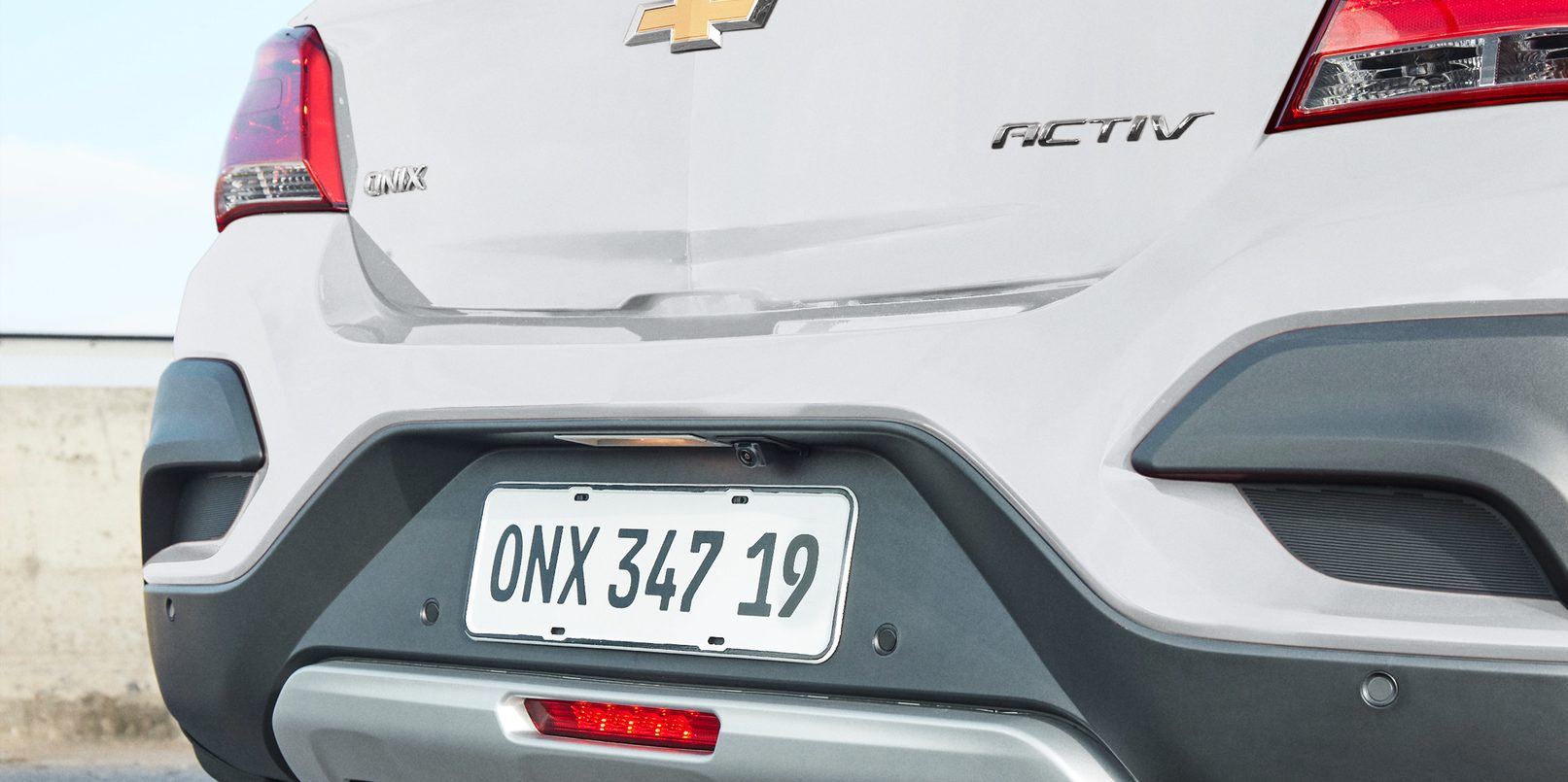 Exterior - Onix Activ